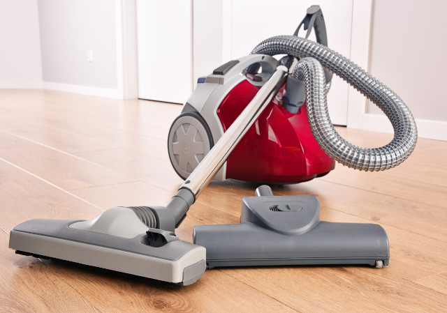 Household Appliances, Vacuum Cleaners