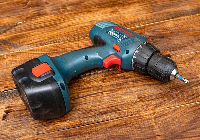 Mend Power Tools, Drills