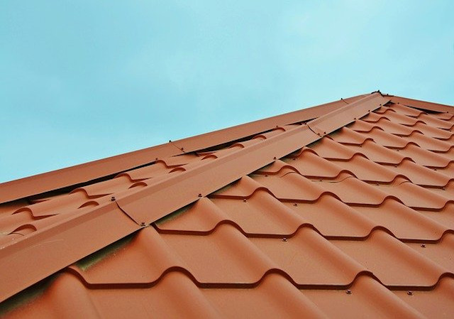 Mend D.I.Y, Roofing