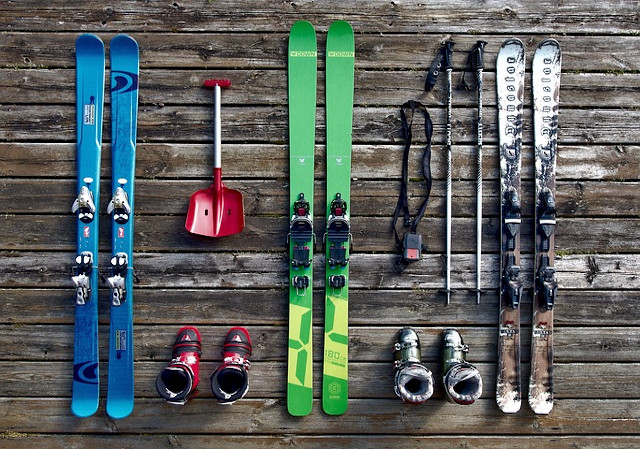 Leisure Equipment, Skiing Gear